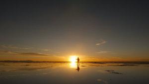 ペルー・ボリビアの旅 その16【9日目】ウユニ塩湖でトリック写真